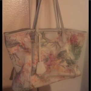 🌹Urban Expressions Gorgeous Large Colorful Bag🌺